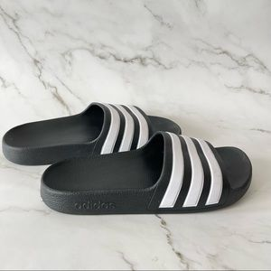 Adidas Kids black and white pool slides size 2